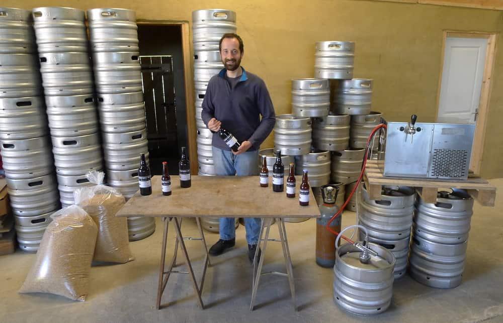 Bienvenue à la Ferme Brasserie Blossier : bière paysanne et artisanale Sarth'voise Bio et jus de pomme bio